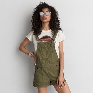 AMERICAN EAGLE • Green Shortfall Overalls